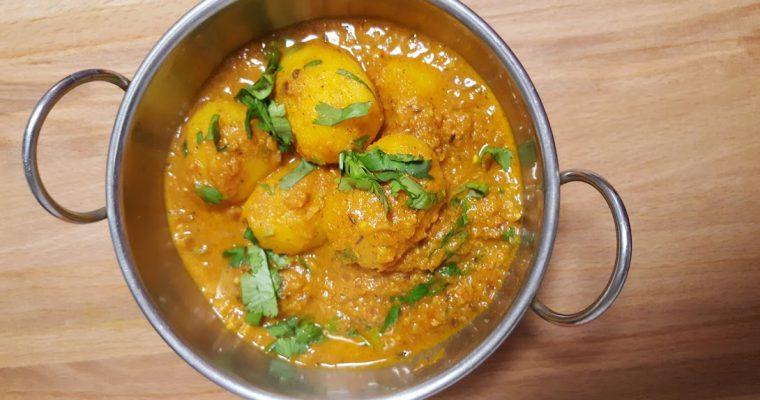 Dum Aloo Recipe | Potatoes in Tomato & Yoghurt Gravy